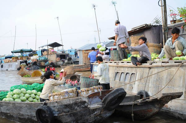 cai-be-floating-market-04