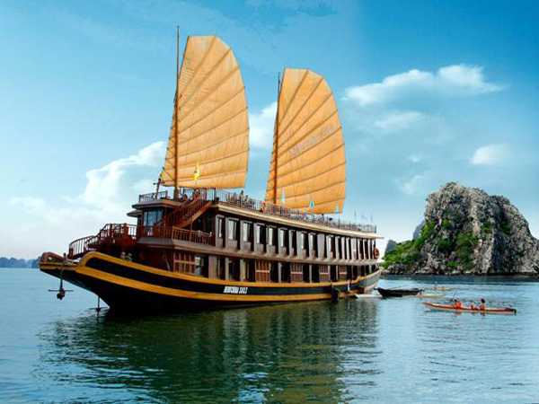 indochina_sails_cruise
