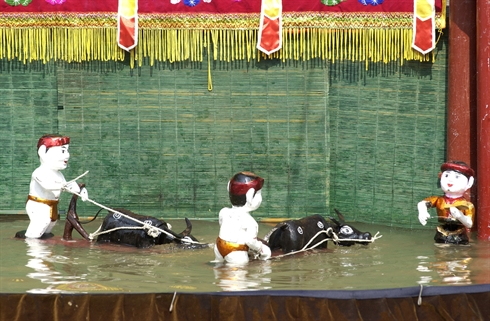 water_puppet_show